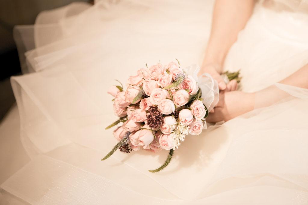 花嫁の持つブーケ