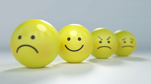喜怒哀楽のボール